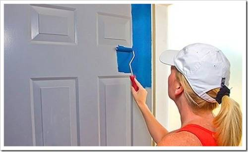 Какую краску использовать для окрашивания дверей?