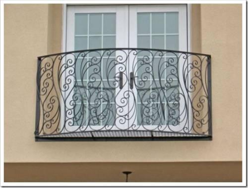 Французский балкон — что это такое? Деталь экстерьера зданий несколько изменилась.