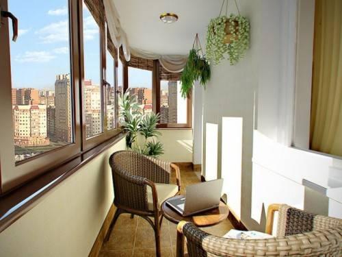 Какое остекление балкона выбрать?