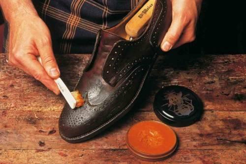 Засох крем для обуви, что делать