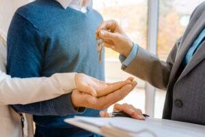 Преимущества обращения в агентство недвижимости